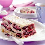 Rood fruit-broodcake